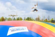 Neue Attraktion im PLAYMOBIL-FunPark: Riesen-Hüpfkissen und Trampoline sorgen für Spaß und Bewegung