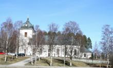 Riksbyggen förvaltar fossilfritt åt Svenska kyrkan i Selånger
