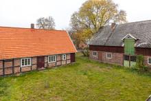 Skånsk gård med renoveringsbehov mest klickad i landet