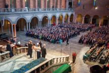 Nobelpristagare bland 2016 års hedersdoktorer