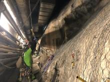 Klätterservice reparbetare, överträffar alla andra metoder vid bergssäkring