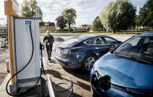Nu är boomen för elbilarna och lösningarna för elnätet nära