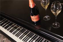 Champagne Taittinger serveras på Nobelfestligheterna för sjätte året i rad