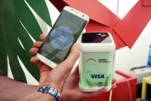 Pomôžte dotykom. S Visa v stane Dobrá krajina na festivale Pohoda.