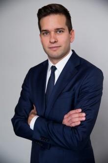 Folkhälso-,  sjukvårds-  och idrottsminister Gabriel Wikström svarar på frågor från läsare