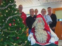 Joulupukki vei mainion päivän pienille potilaille