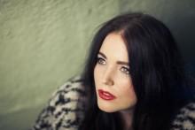 "EMI introduserer Miriam Bryant - ""Finders Keepers"""