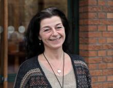 Extrafamiljer och vuxenkompisar sökes! Familjehemssekreterare Pellan Krusten Thumser om rekrytering av familjehem