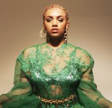 LAUREN singeldebuterer med «Slave»