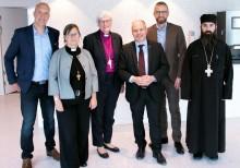 Kyrkoledare samtalade om konvertiter med Morgan Johansson