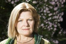Cecilia Uddén är sommargäst på Moriska Paviljongen nu på måndag