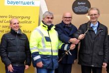 Erste Flamme: Bayernwerk nimmt neue Erdgasleitung in Schwarzhofen in Betrieb