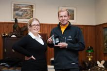 Rallilegenda Juha Kankkuselle luovutettiin Safari-ralli rahat