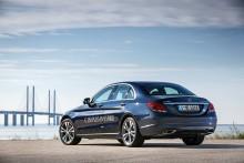 Sparsom og sportslig C-Klasse plug-in hybrid fra Mercedes
