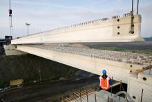Strängbetong levererar brobalkar till ny bro i Härnösand