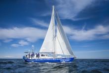 VEGA - Greenland Expedition 2013: Ola Skinnarmo och hans team väljer OPTIMA® för säker energiförsörjning ombord.