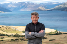 "Gordon Ramsay tager på eventyr i ny National Geographic-serie ""Gordon Ramsay: På fremmed grund"""