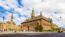 Rådhusklokkerne ringer for København