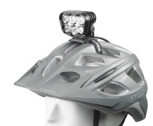 Lupine Alpha - valaisun suunnan- ja tehonnäyttäjä  maastopyöräilijöille
