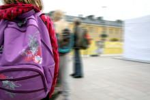 Trafiken runt skolorna ett växande problem