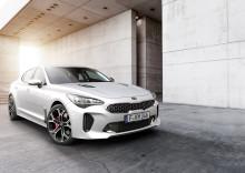 KIA præsenterer den helt nye Stinger, Picanto og to plug-in-hybridbiler i Geneve