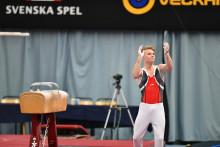 Jessica Castles och David Rumbutis svenska mästare i artistisk gymnastik