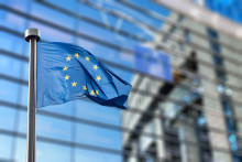 European Commission Signs €150M Grant Funding the Graphene Flagship