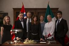 Viaplay lager komedie om den norske ambassaden i Mexico