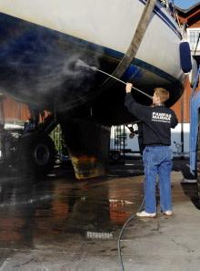 Kraftig ökning av spolplattor för båtar i väst