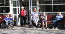 Att som äldre finna sig i utsatthet