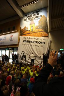 Världens största pärlplatta på Arlanda