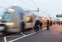 Färre dödade i olyckor men fler självmord i bantrafiken