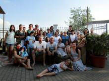 Kleines Sommerfest in der Hacienda: Ehremamtliche Mitarbeiter des ambulanten Dienstes des Kinderhospizes Bärenherz genießen einen Nachmittag am Cospudener See