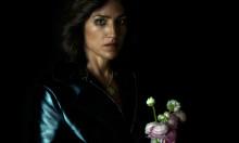 Joan As Police Woman skærper ærlige tekster over nye popeksperimenter