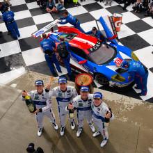 A Ford GT immár zsinórban másodszor szerzett kettős győzelmet: a Ford Chip Ganassi Racing versenyzői az első és második helyet szerezték meg a Sahlen's Six Hours of The Glen futamon