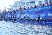 Ueda and Yee take blue carpet victory at the 2019 Discovery Triathlon World Cup Cape Town