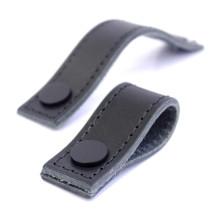 Theofils vidareutvecklar de redan populära läderhandtagen
