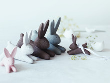Hare parade on the Easter table