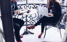 Konsultbolag lovar boende i lokala Stockholm till storstadspulssugna IT-konsulter – i utbyte mot deras kompetens