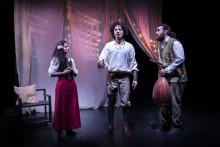 Klassikern Don Quijote som barnföreställning på arabiska i Umeå