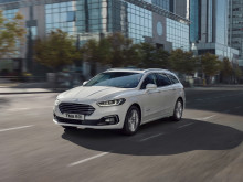 Fornyet familiefavoritt: Ford Mondeo hybrid stasjonsvogn