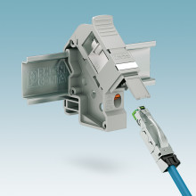 DIN rail adapters for compact data transmission
