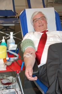 Blut spenden! Jeder Tropfen zählt!