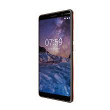 Prisbelönta Nokia 7 Plus nu hos Tre