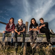 ​Unga Three Dead Fingers till Sweden Rock Festival