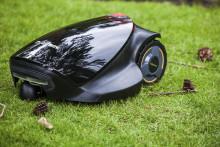 Robotene tar over - i hus og hage