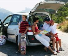 Intresset för semester med bil ökar - I år åker fyra av tio svenskar på bilsemester