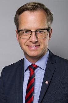 Närings- och innovationsminister Mikael Damberg besöker Mittuniversitetet