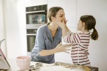 Gjør matlaging med barn til en lek