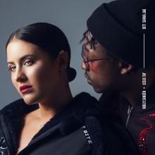 """Molly Sandén släpper singeln """"Ditt Sanna Jag"""" med Leslie Tay och releasedatum för kommande albumet """"Större"""""""